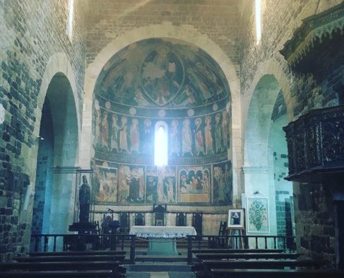 sardegna nord occidentale basilica di saccargia interno