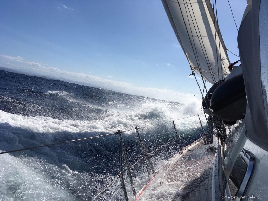vacanze in barca a vela sardegna e corsica navigazione nelle bocche