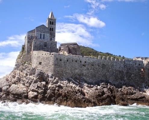 week end in barca a vela cinque terre portovenere