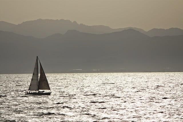 vacanza in barca a vela in sardegna e corsica