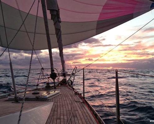 traversata atlantica gennaker tramonto