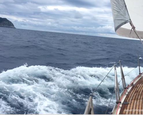 partenza toscana capraia sardegna navigazione al traverso