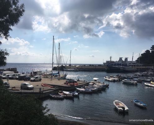 porticciolo dell'isola di Ustica