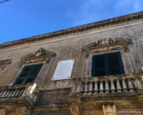 Sicilia in barca a vela Erice palazzo