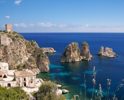 Sicilia in barca a vela riserva dello zingaro
