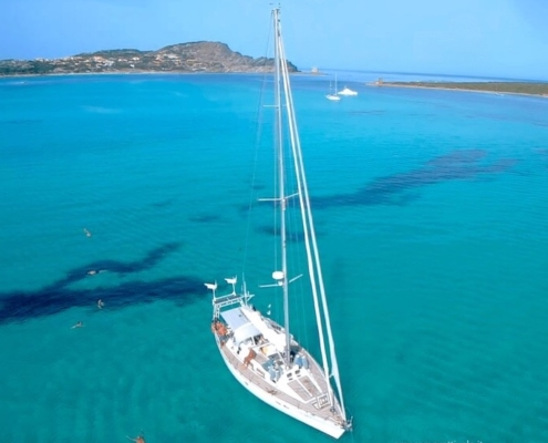 vacanze in barca a vela con skipper e hostess Sardegna